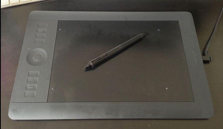 800px-tablette_graphique_wacom_intuos_5